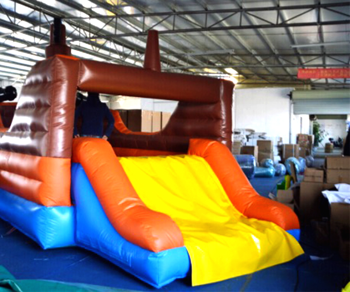 One Eye Entertainment | Bouncy Castles